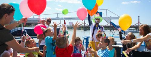 Születésnap a budapesti Minimax Gyerekhajón